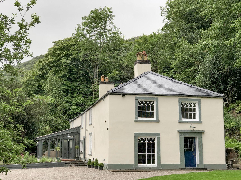Cwmalis Hall - North Wales - 1001247 - photo 1