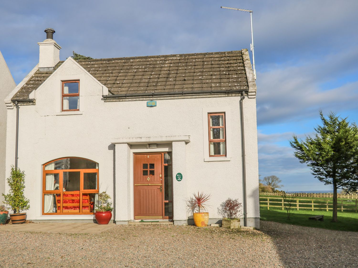 Cottage 4 - Antrim - 1001986 - photo 1