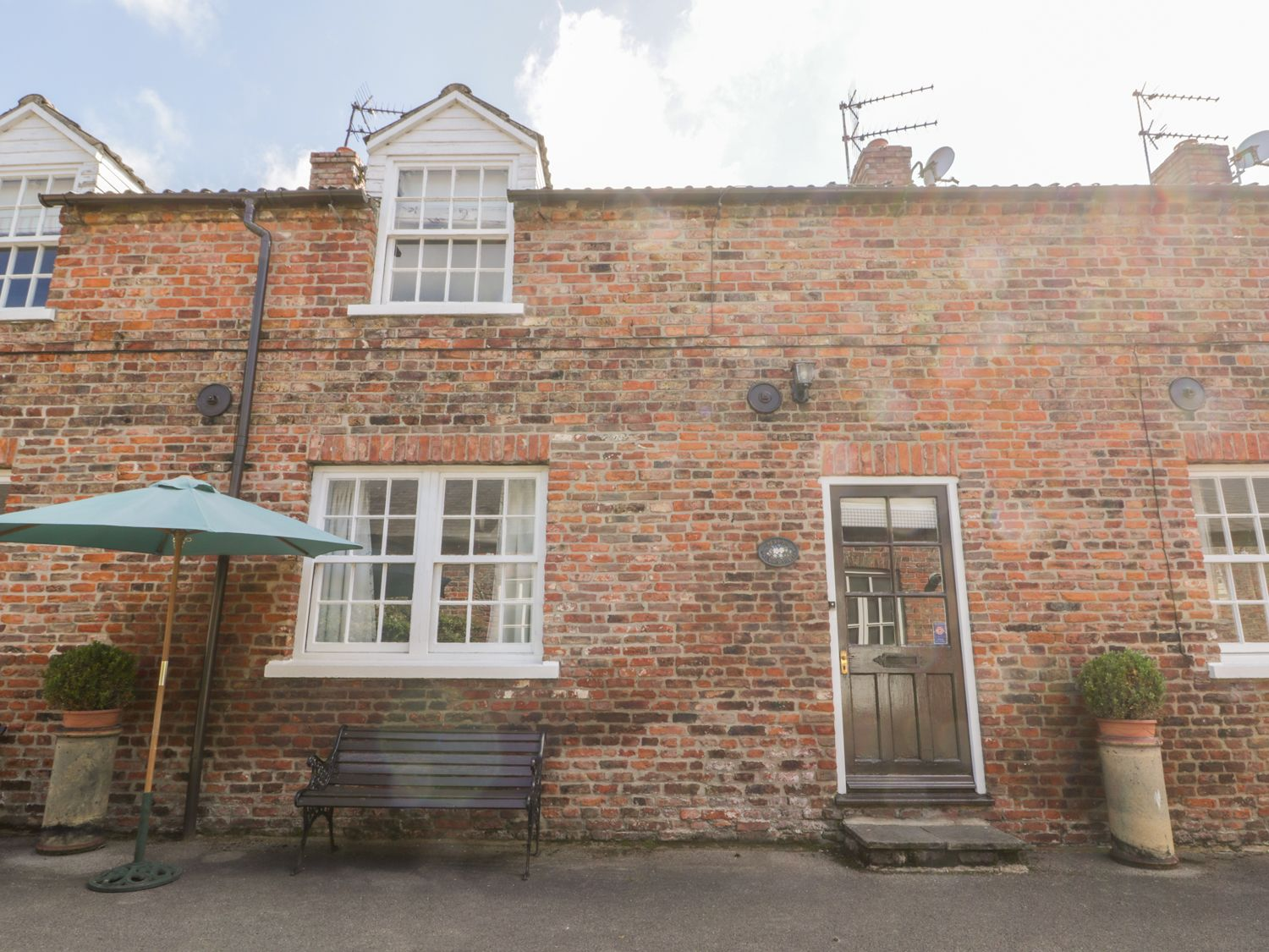 Bella's Cottage - North Yorkshire (incl. Whitby) - 1002539 - photo 1