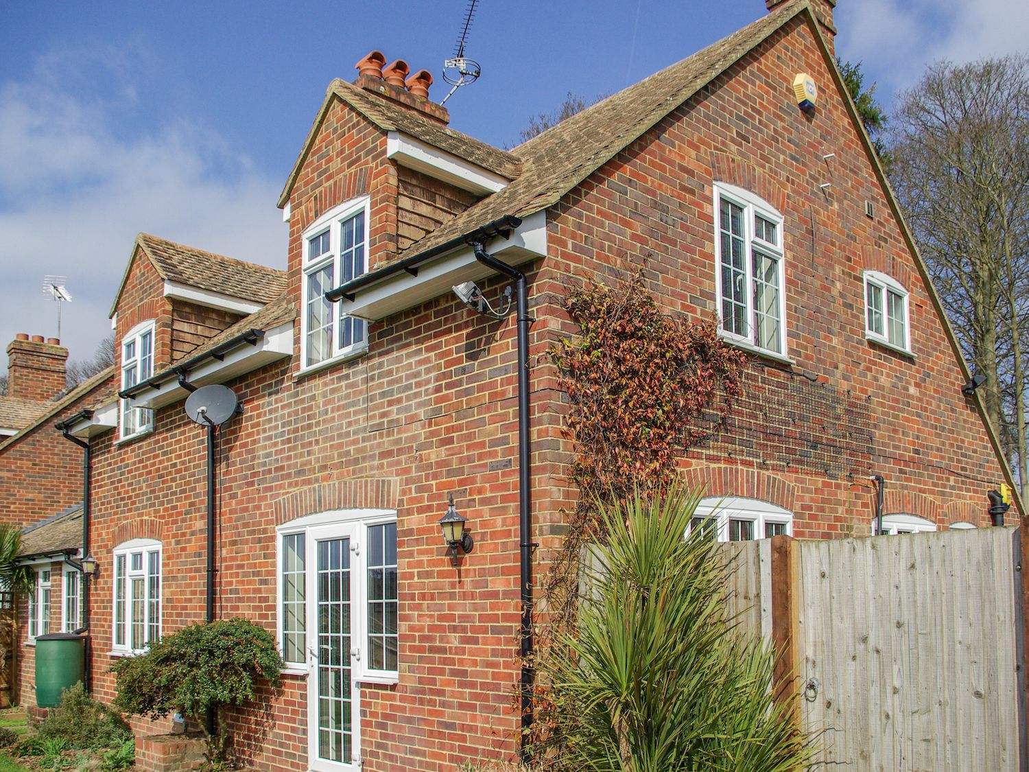 Knights Cottage - Kent & Sussex - 1002755 - photo 1