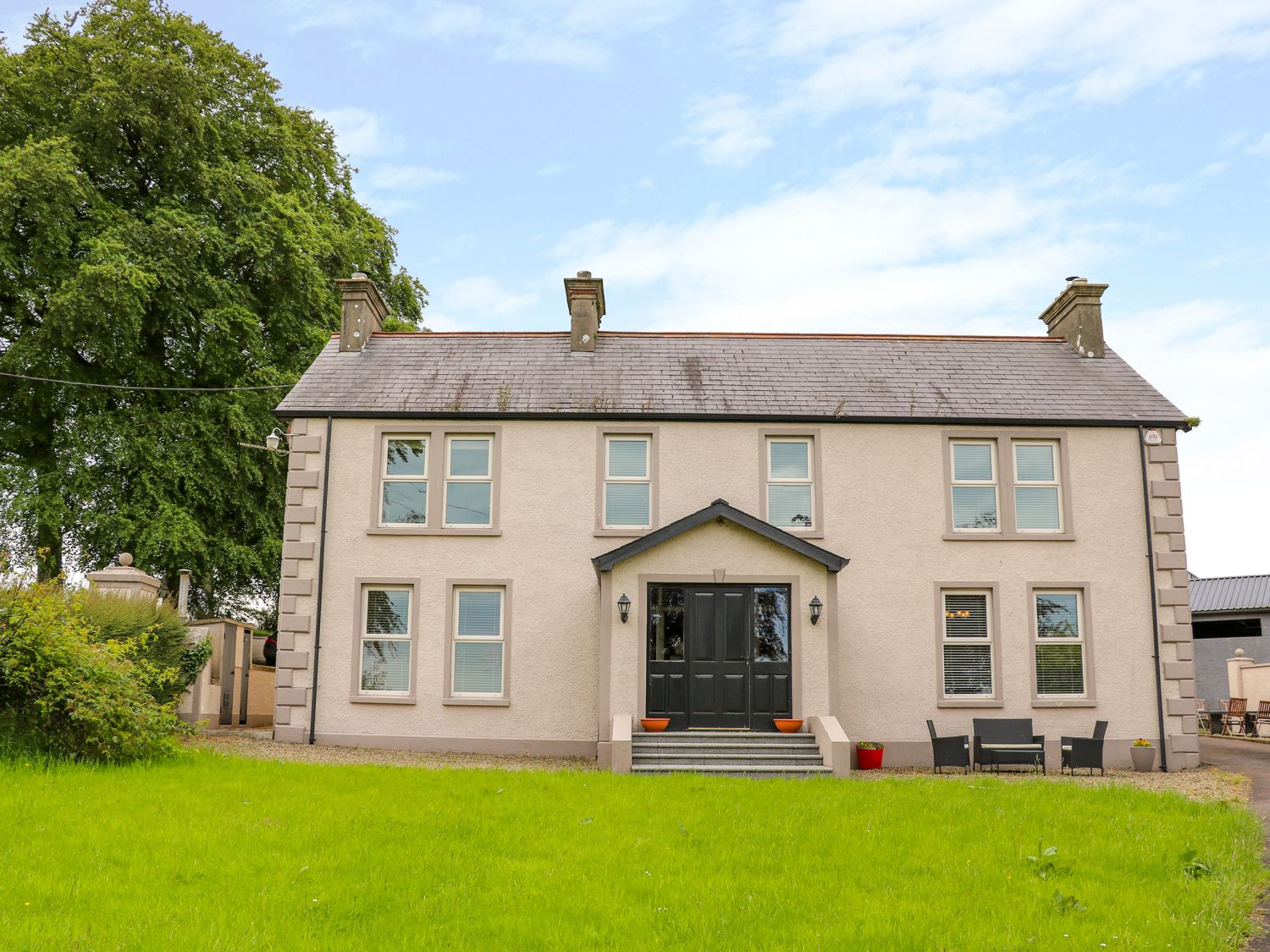 Procklis House - Antrim - 1003695 - photo 1