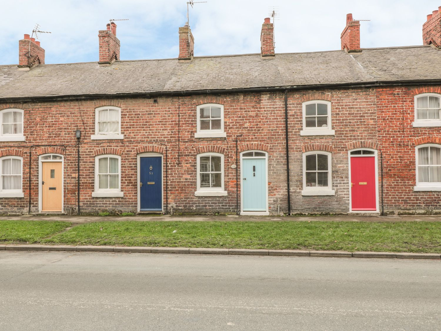 Cloverleaf Cottage - Whitby & North Yorkshire - 1003948 - photo 1