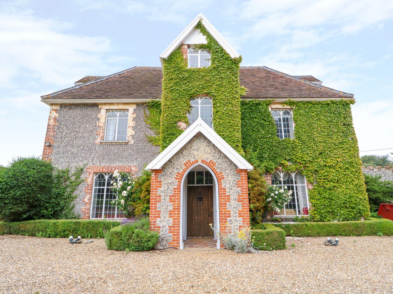Holiday Cottages in Norfolk: Southrepps Lodge, Southrepps | Sykes Cottages