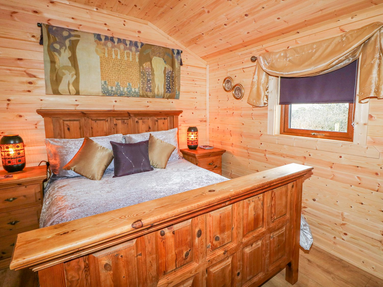 Alken Cabin, Northern Ireland