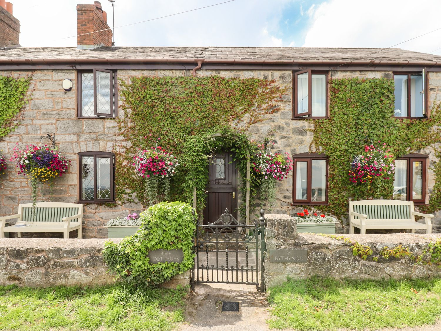 1 The Cottage - North Wales - 1004860 - photo 1