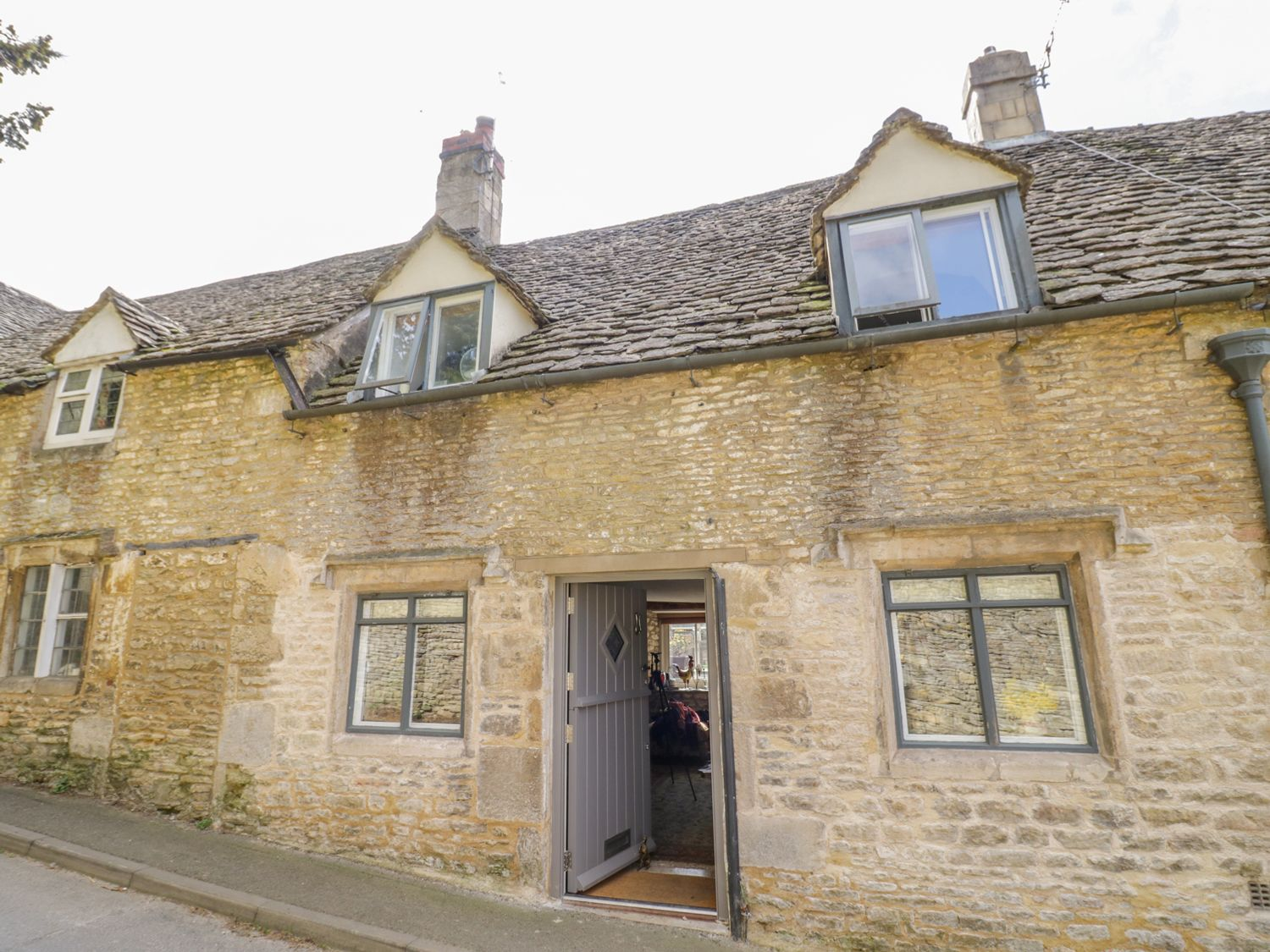16 Friday Street, Cotswolds