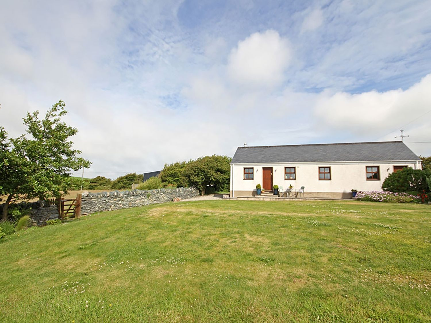 Y Beudy - Anglesey - 1009120 - photo 1