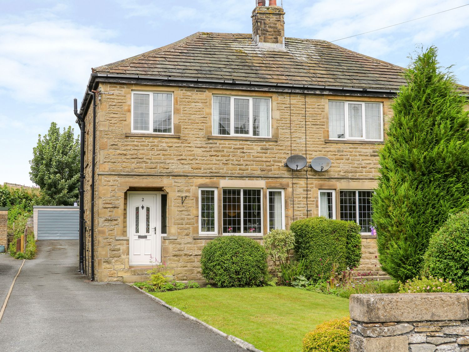 2 Ings Avenue - Yorkshire Dales - 1012462 - photo 1