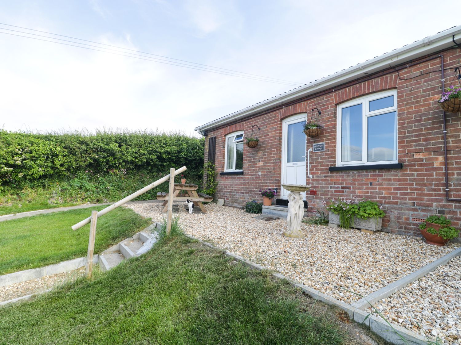 2 Hill View Bungalow - Dorset - 1012951 - photo 1