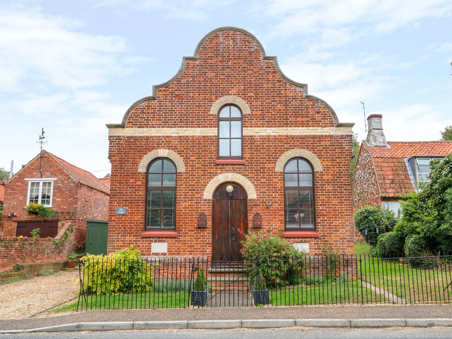 Holiday Cottages in Norfolk: The Old Chapel, Flitcham | Sykes Cottages