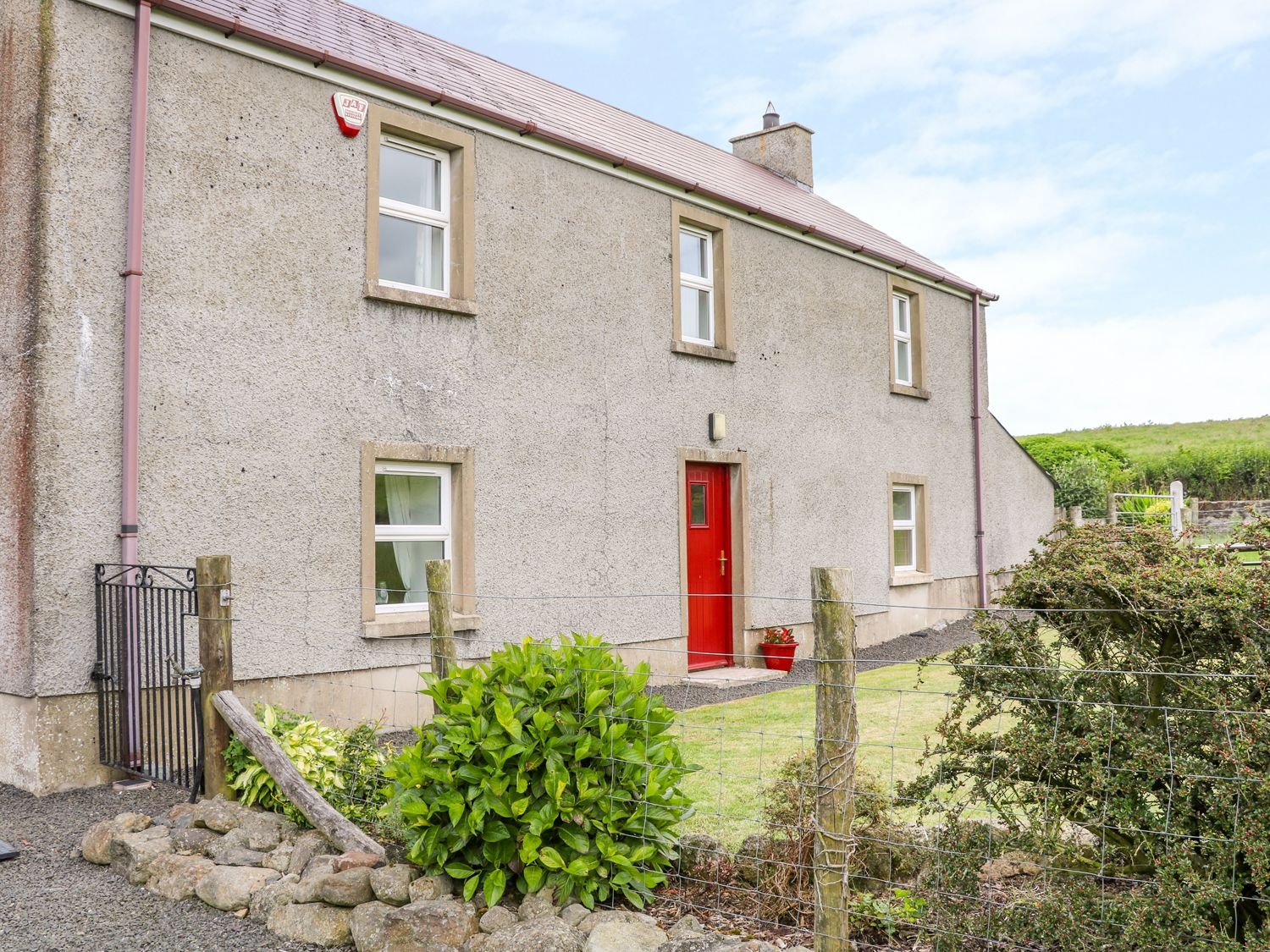 Shaws Hill Farmhouse - Antrim - 1014752 - photo 1