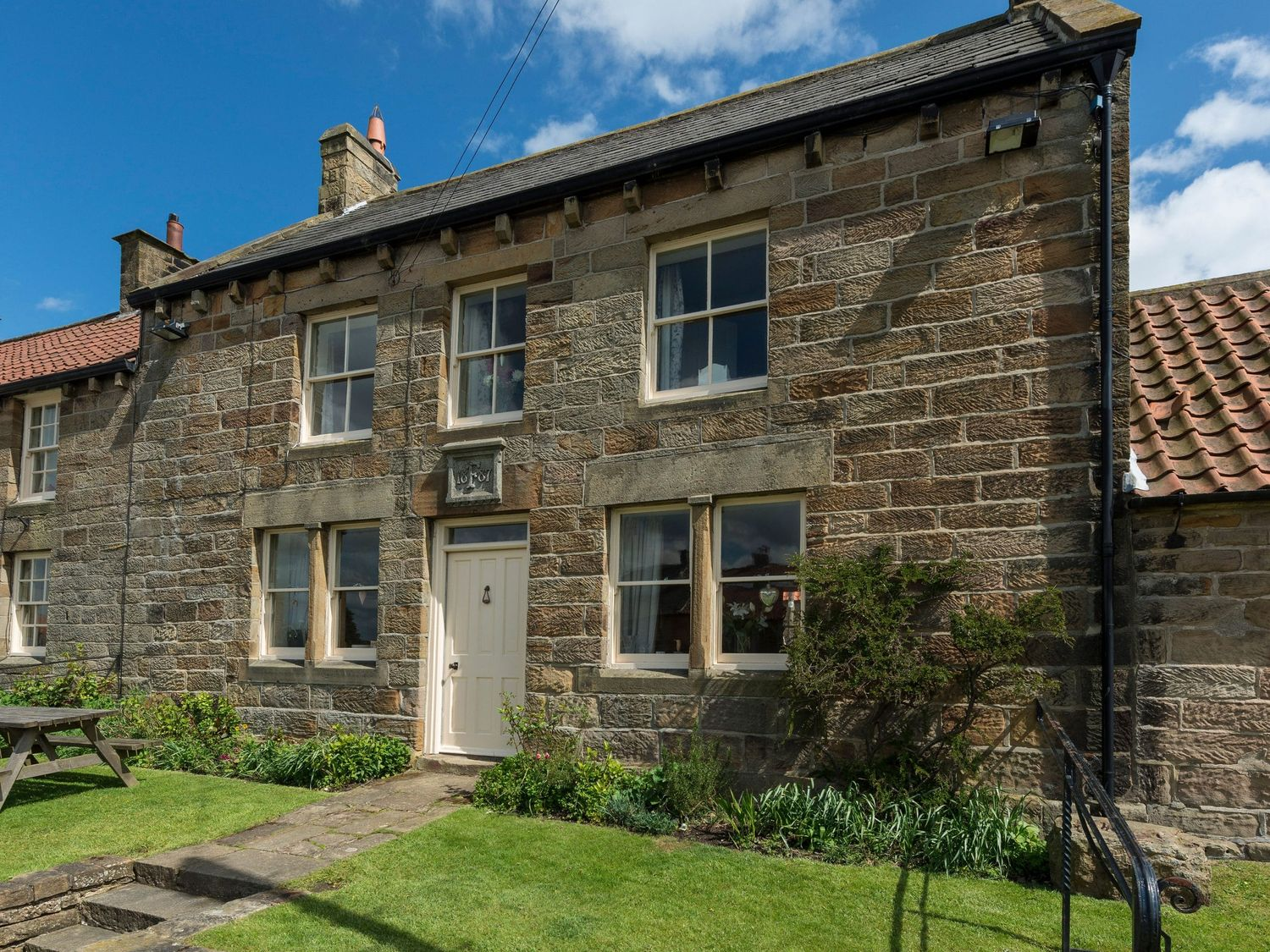 Wheatsheaf Cottage - Whitby & North Yorkshire - 1015660 - photo 1