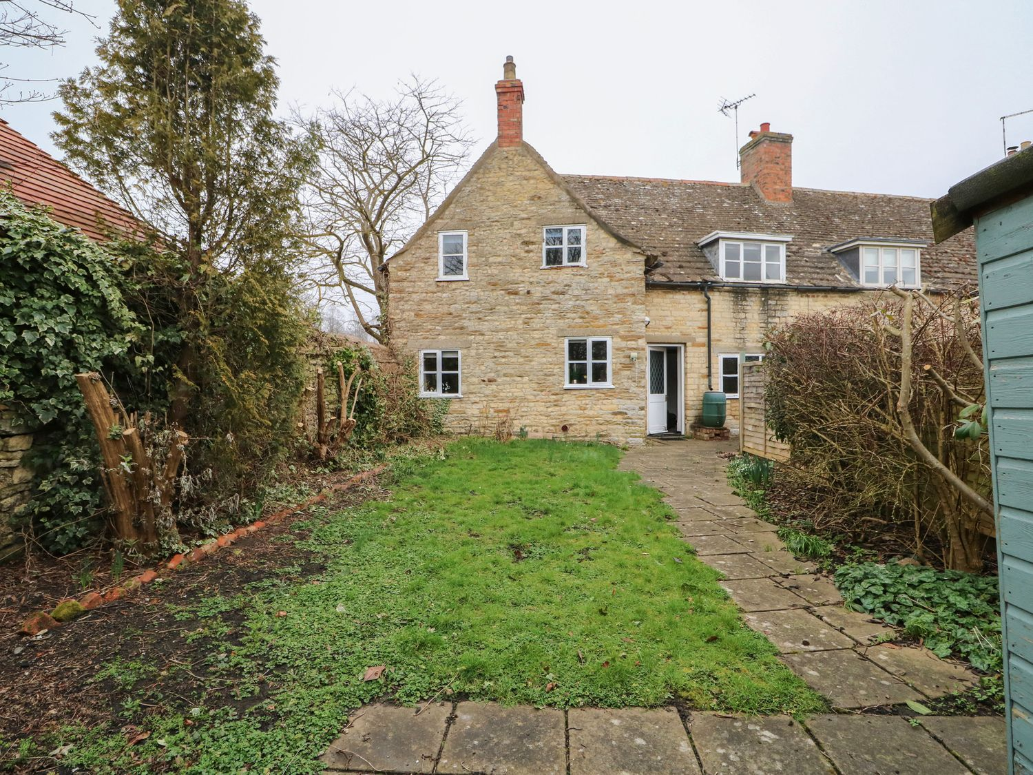 Manor View - Lincolnshire - 1016722 - photo 1
