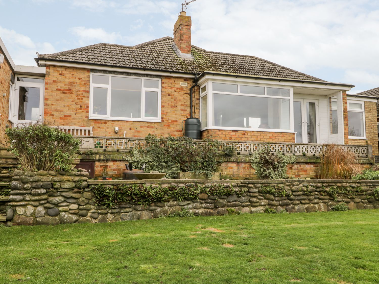 8 Mere View Avenue - Whitby & North Yorkshire - 1016901 - photo 1