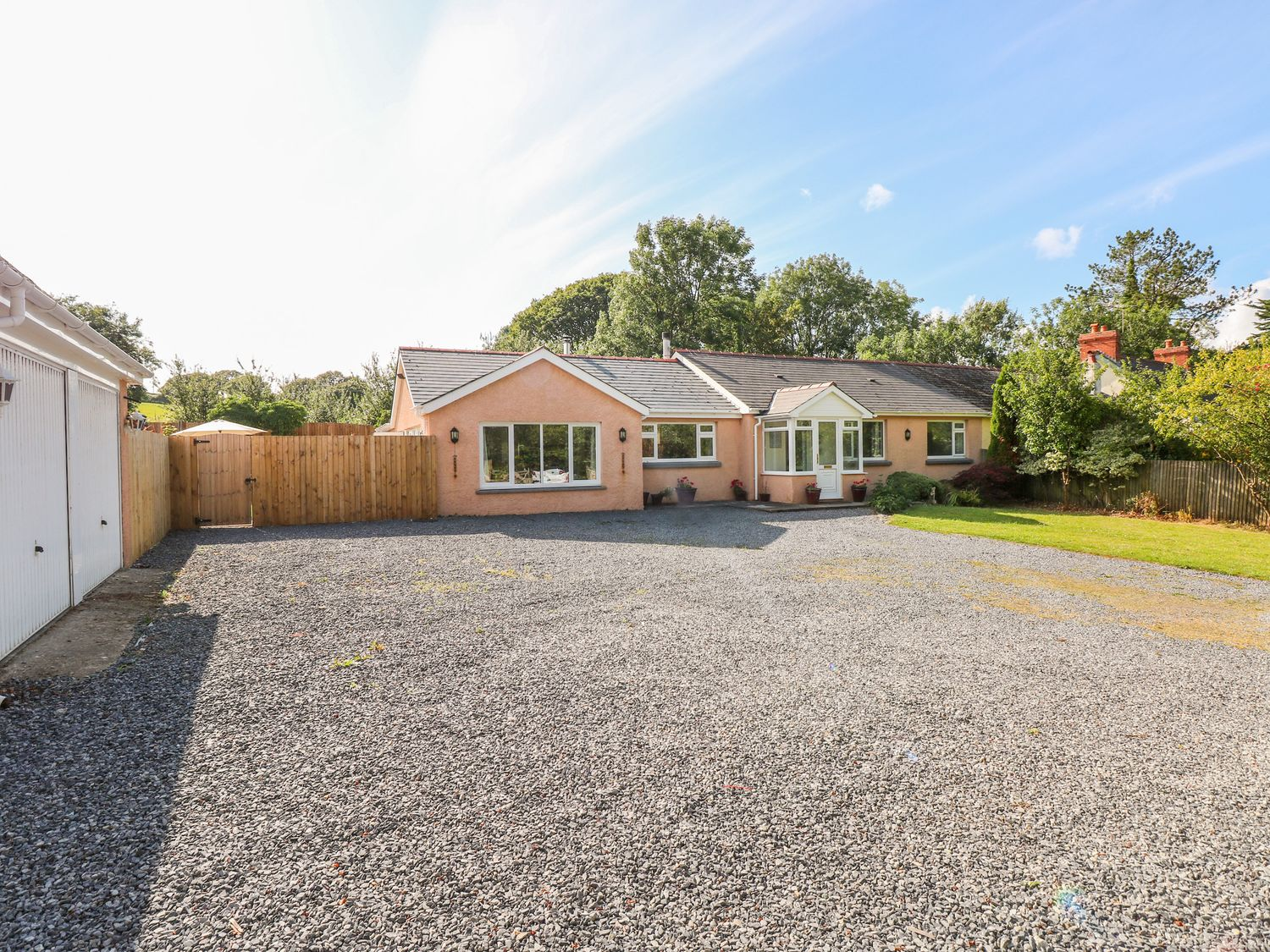 1 Homecroft Bungalows - South Wales - 1017256 - photo 1