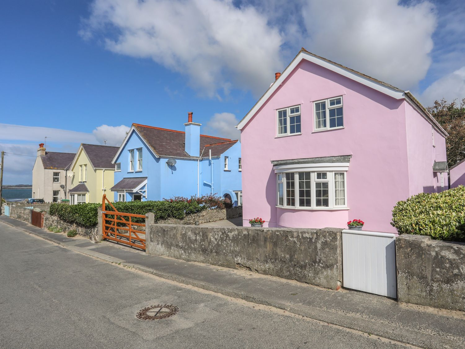 The Pink House - Anglesey - 1017927 - photo 1