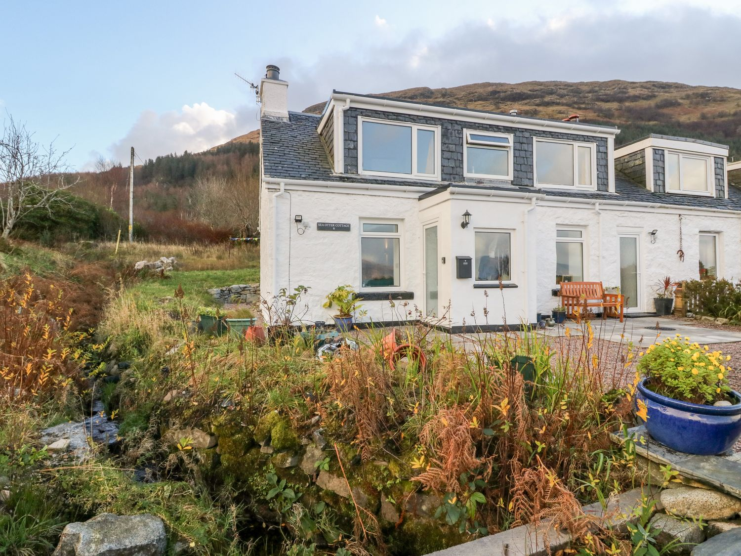 Sea Otter Cottage - Scottish Highlands - 1018710 - photo 1