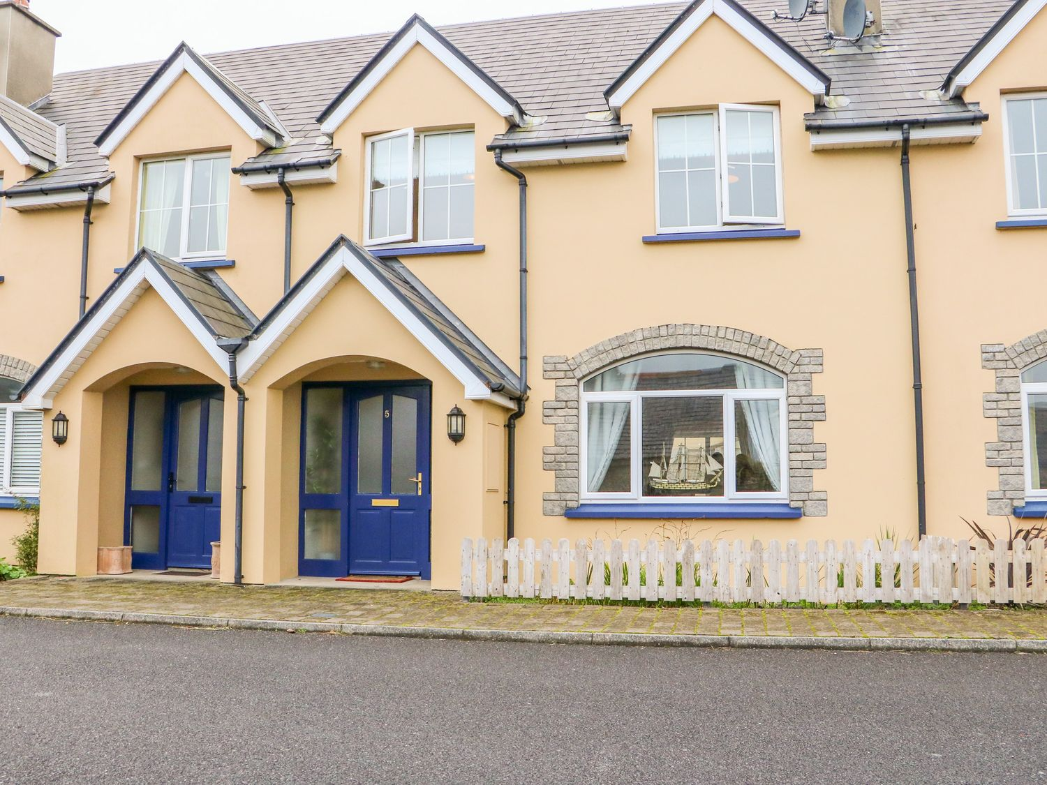 5 Reenellen - County Kerry - 1021252 - photo 1