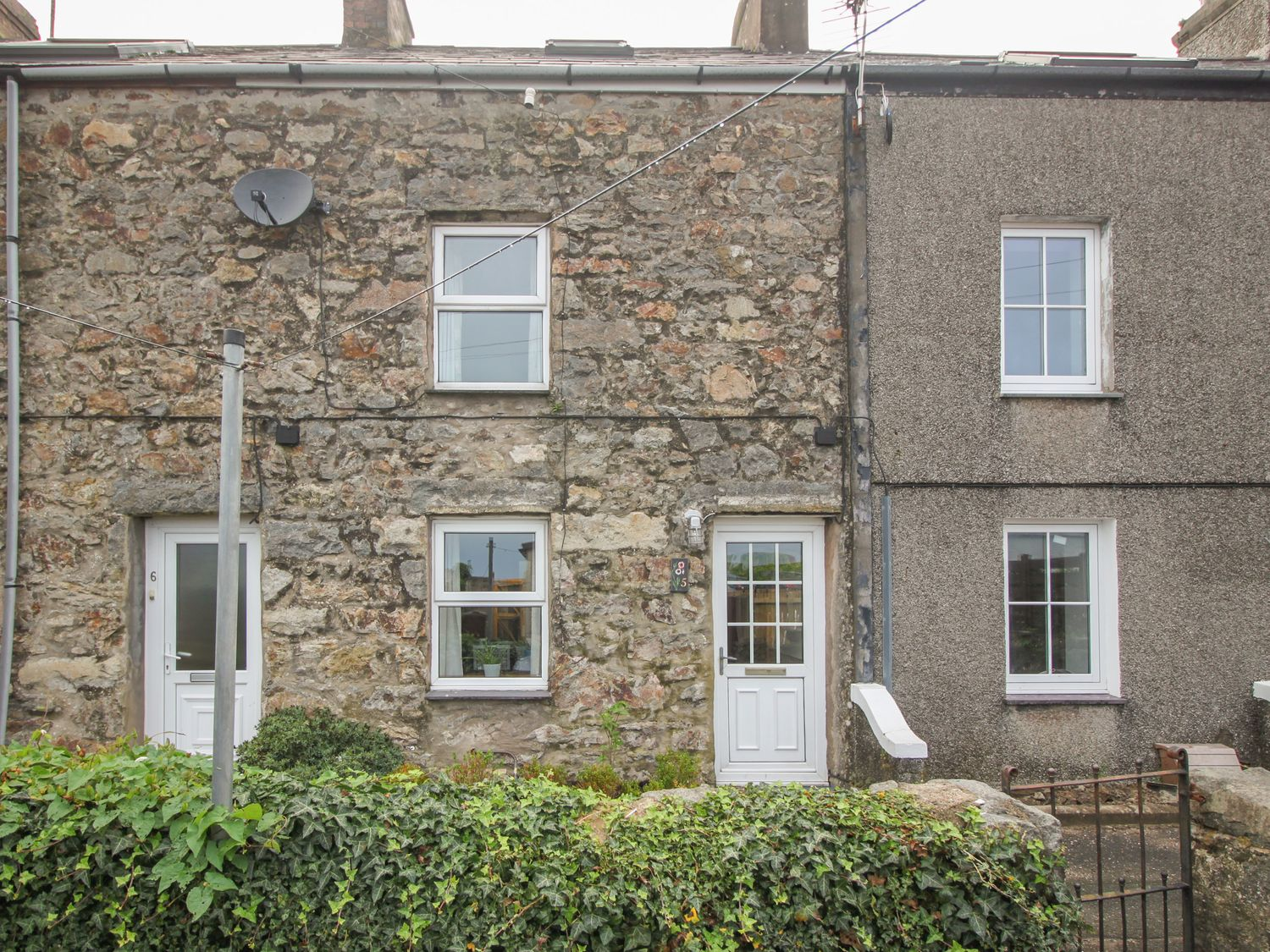 5 Penmount Terrace - North Wales - 1021900 - photo 1