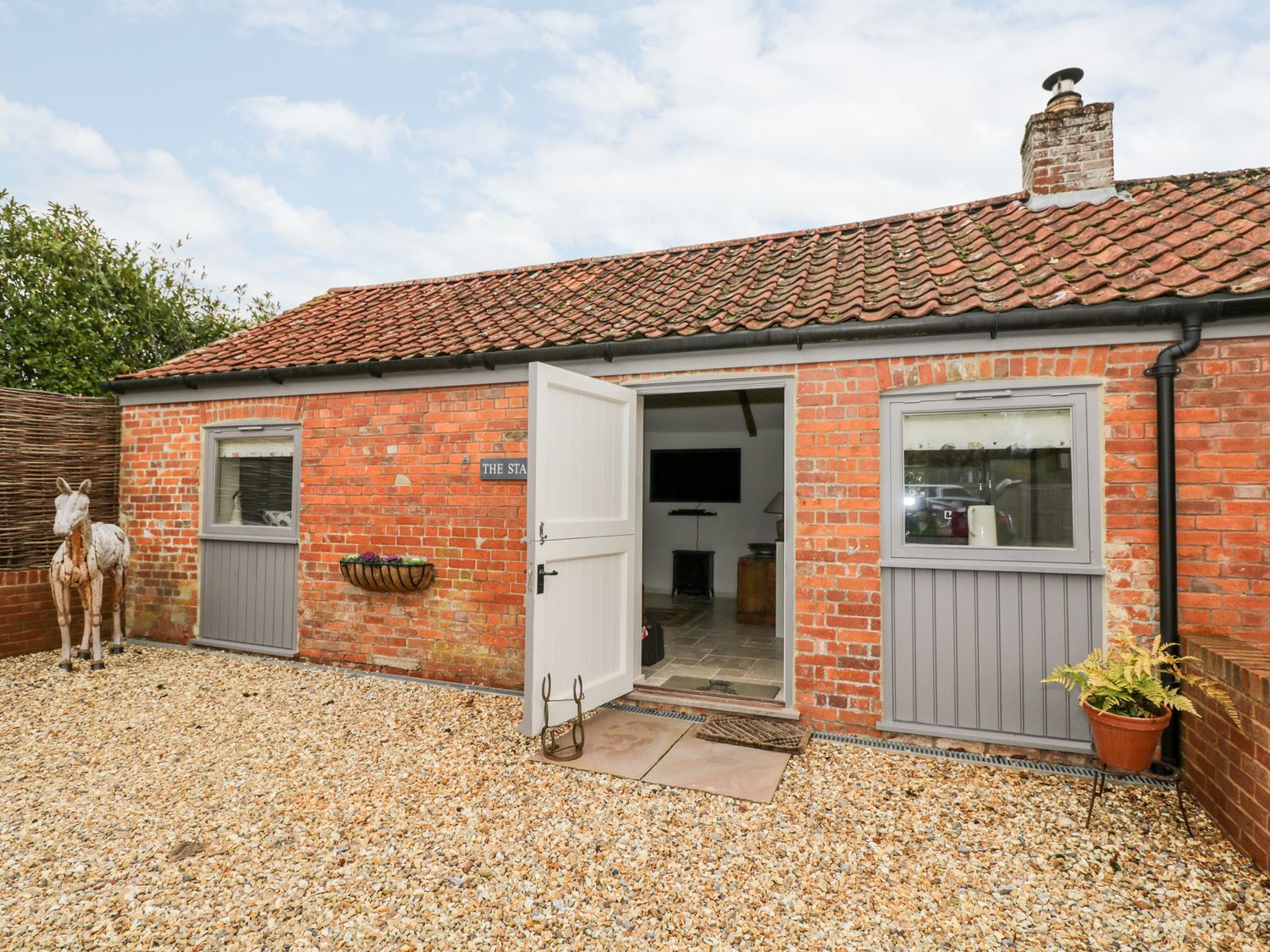 The Stables - Somerset & Wiltshire - 1024968 - photo 1
