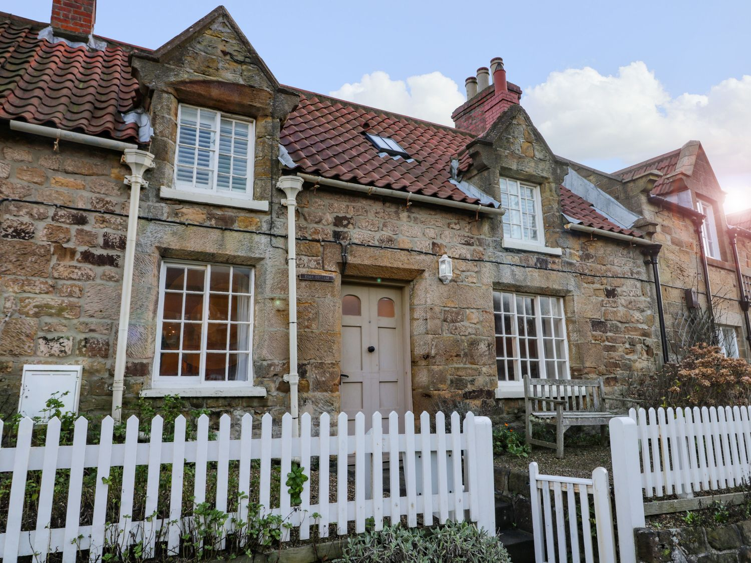 Crab Cottage - Whitby & North Yorkshire - 1026554 - photo 1