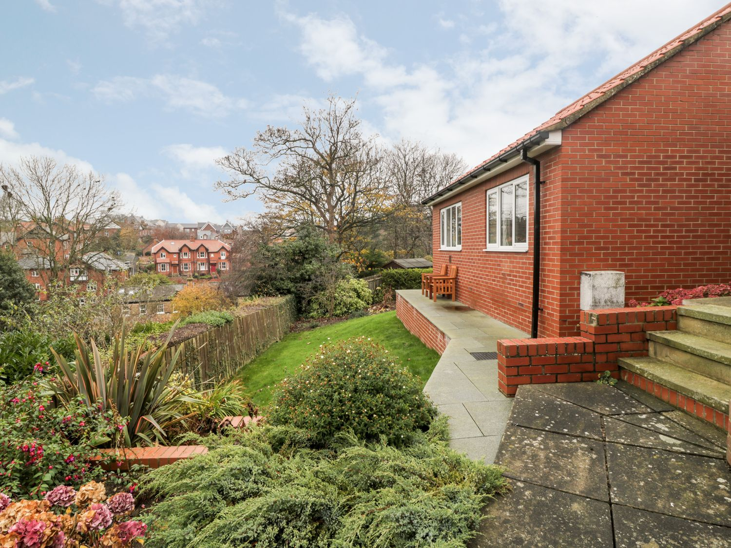 1A Prospect Hill - Whitby & North Yorkshire - 1027233 - photo 1
