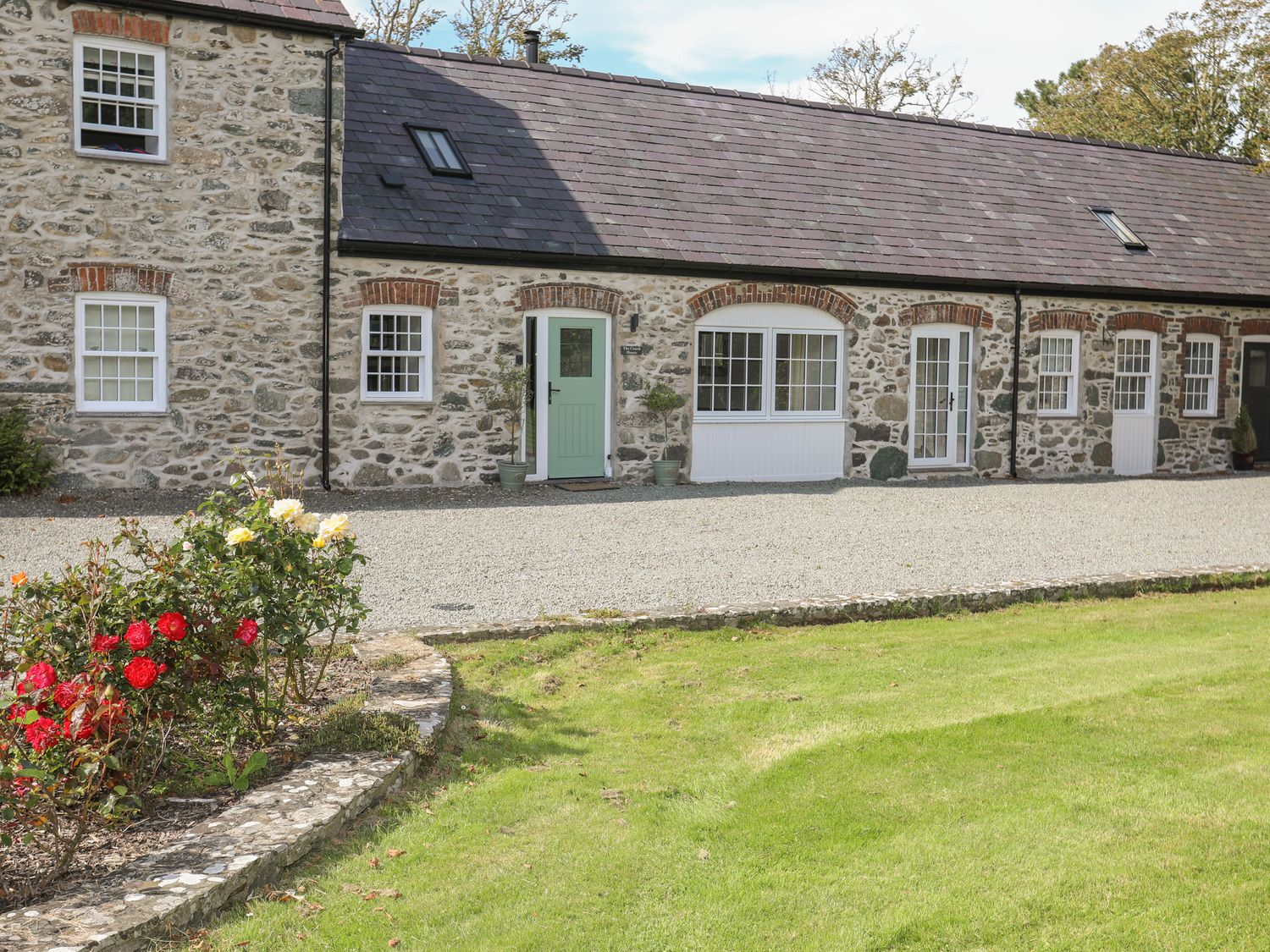 The Coach House - Anglesey - 1033525 - photo 1