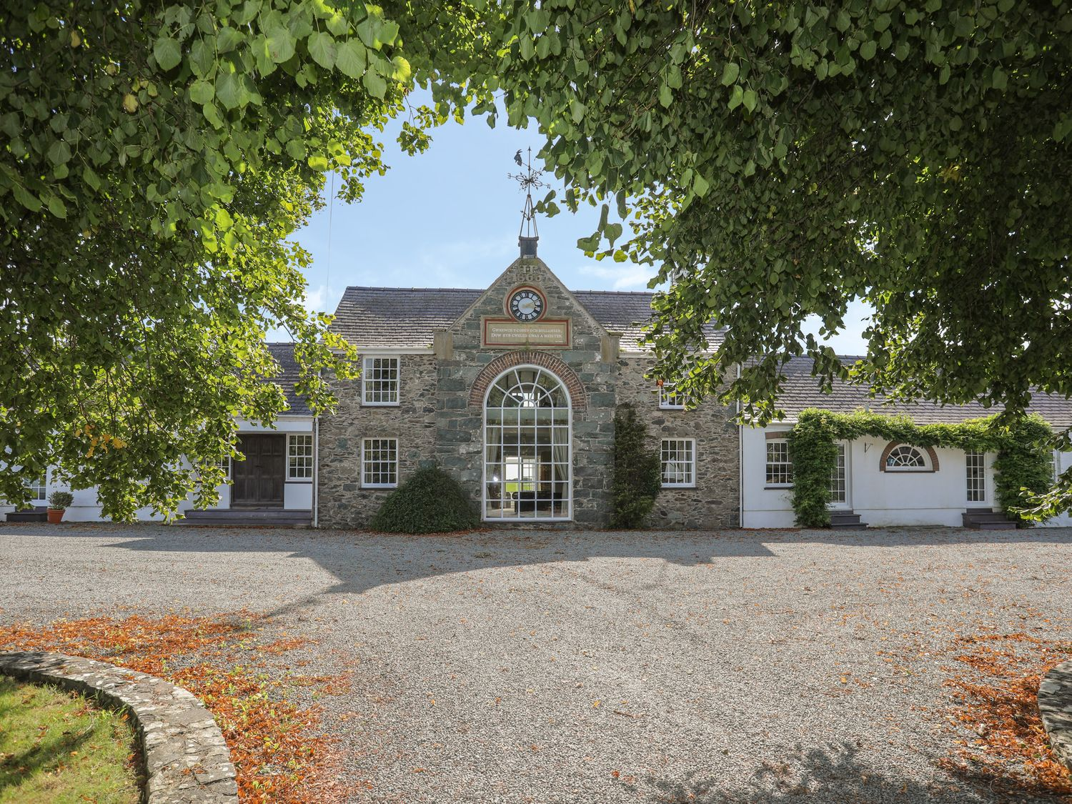 The Manor House - Anglesey - 1033526 - photo 1