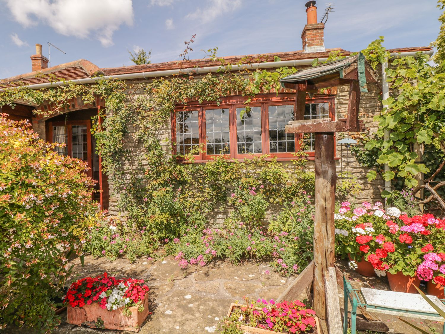 Quiet Corner Cottage - Somerset & Wiltshire - 1036988 - photo 1
