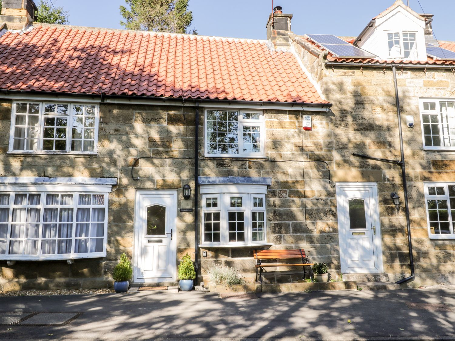 Parva - North Yorkshire (incl. Whitby) - 1037087 - photo 1