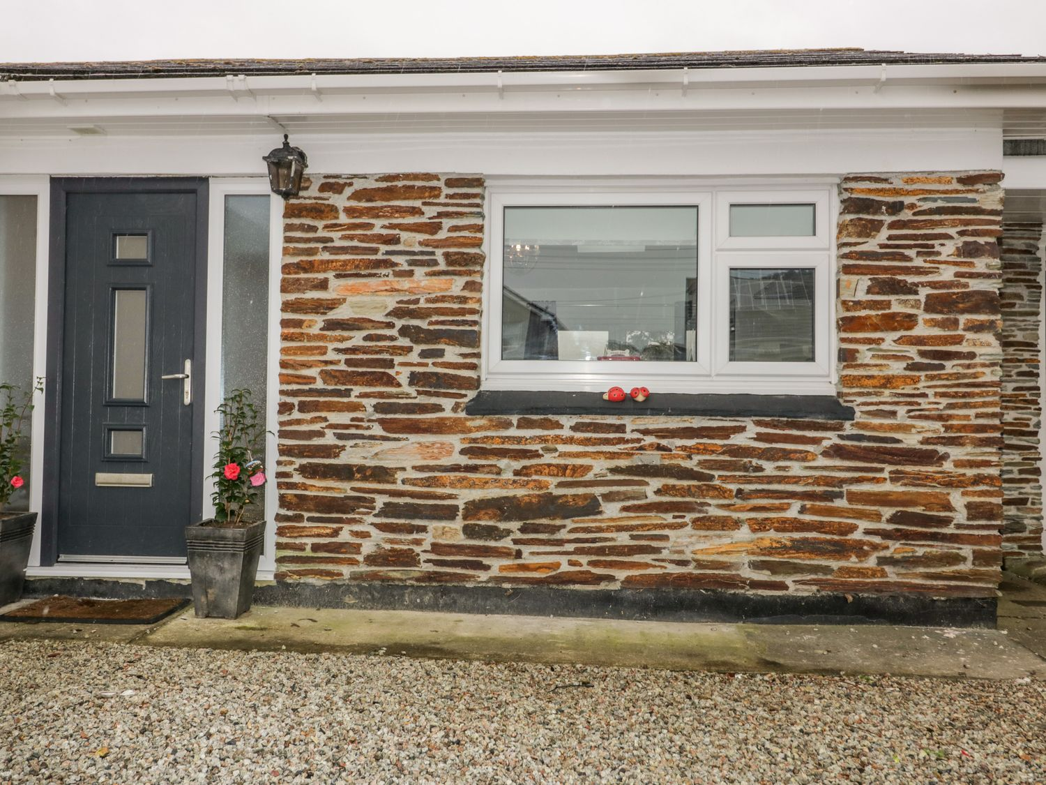 26 Treloggan Road - Cornwall - 1038131 - photo 1