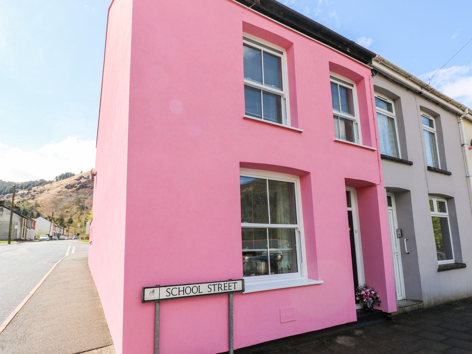 The Pink House - South Wales - 1038431 - photo 1