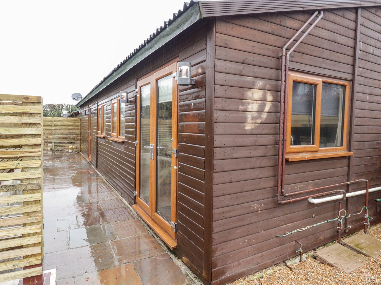 Sparrows Den Lodge - Kent & Sussex - 1039888 - photo 1