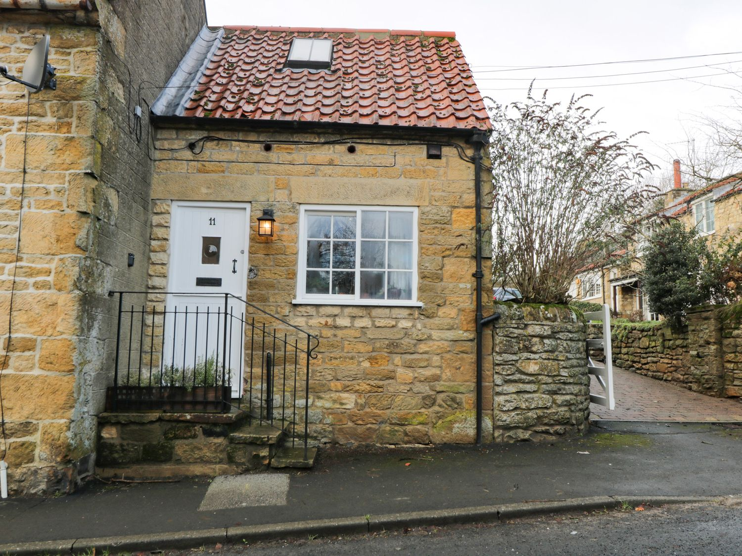 11 Main Street - Whitby & North Yorkshire - 1040349 - photo 1