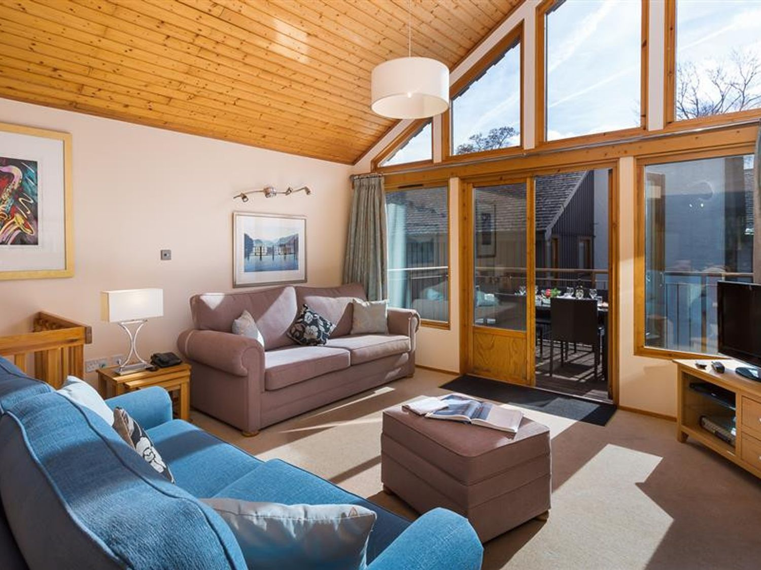 Helvellyn Lodge - Number 20 - Lake District - 1041790 - photo 1