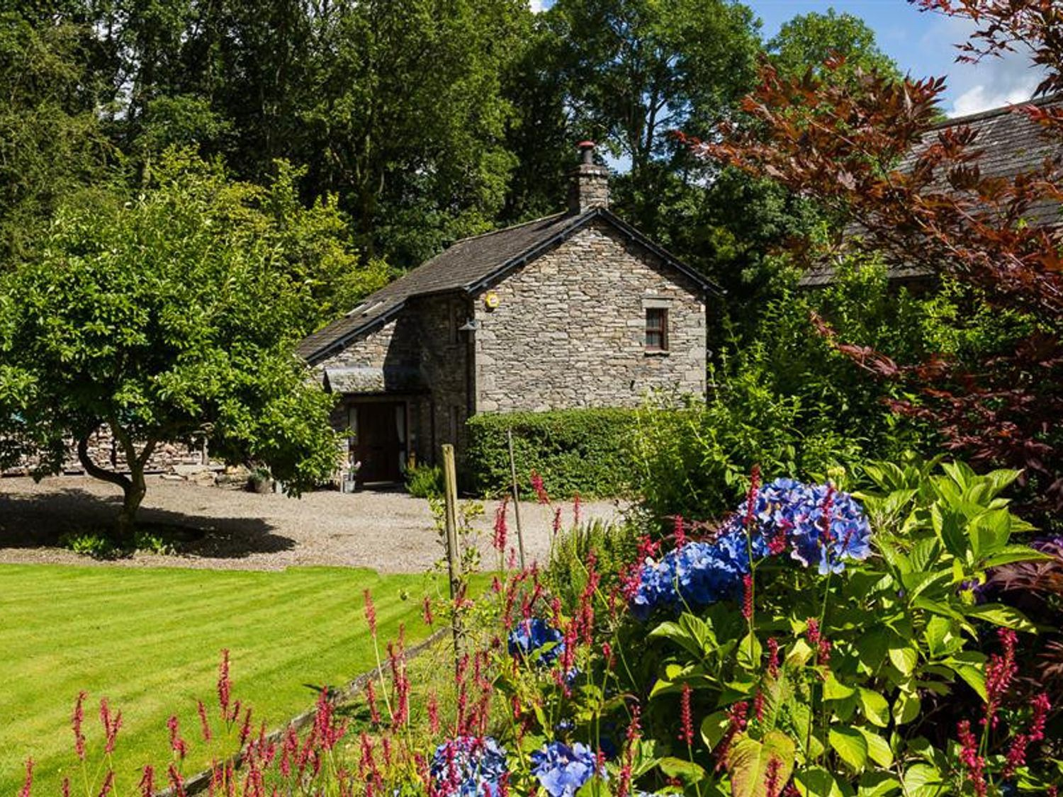 Middle Wray Cottage - Lake District - 1042119 - photo 1
