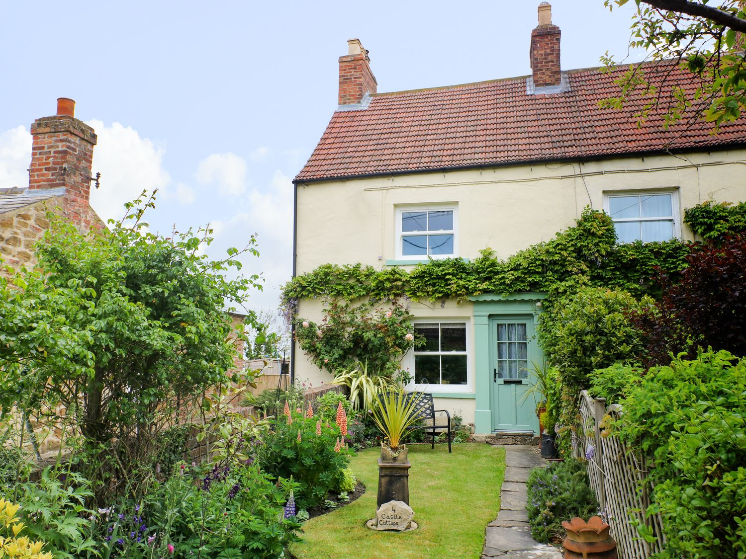 4 Castle Cottage - Whitby & North Yorkshire - 1043214 - photo 1