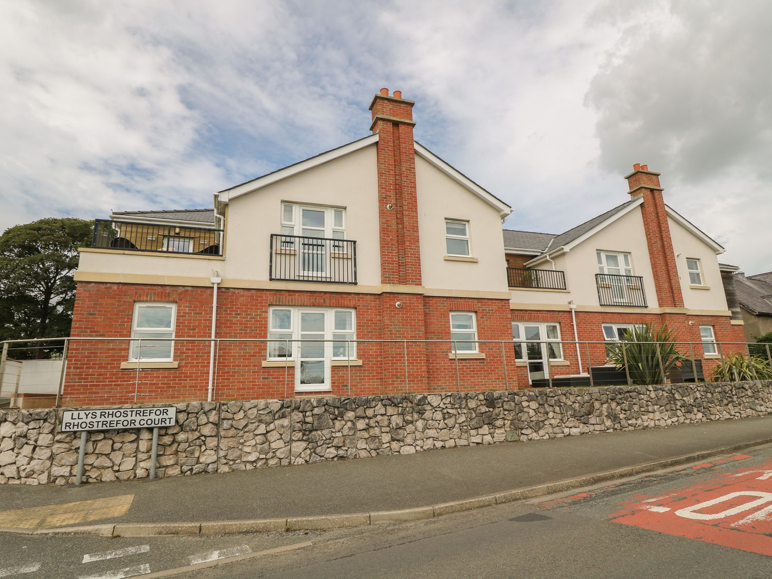 12 Llys Rhostrefor - Anglesey - 1044884 - photo 1