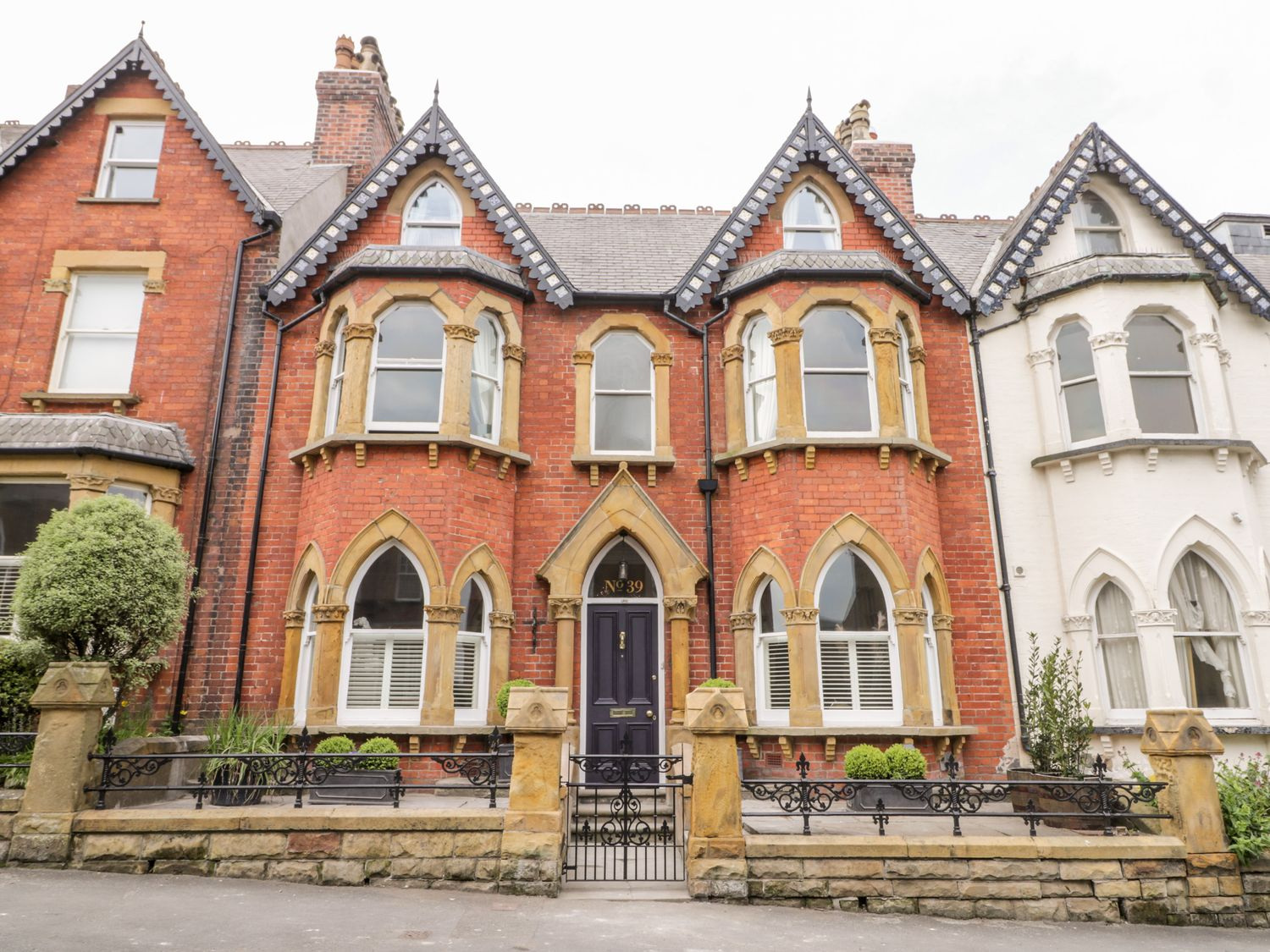 39 West Street - North Yorkshire (incl. Whitby) - 1049697 - photo 1