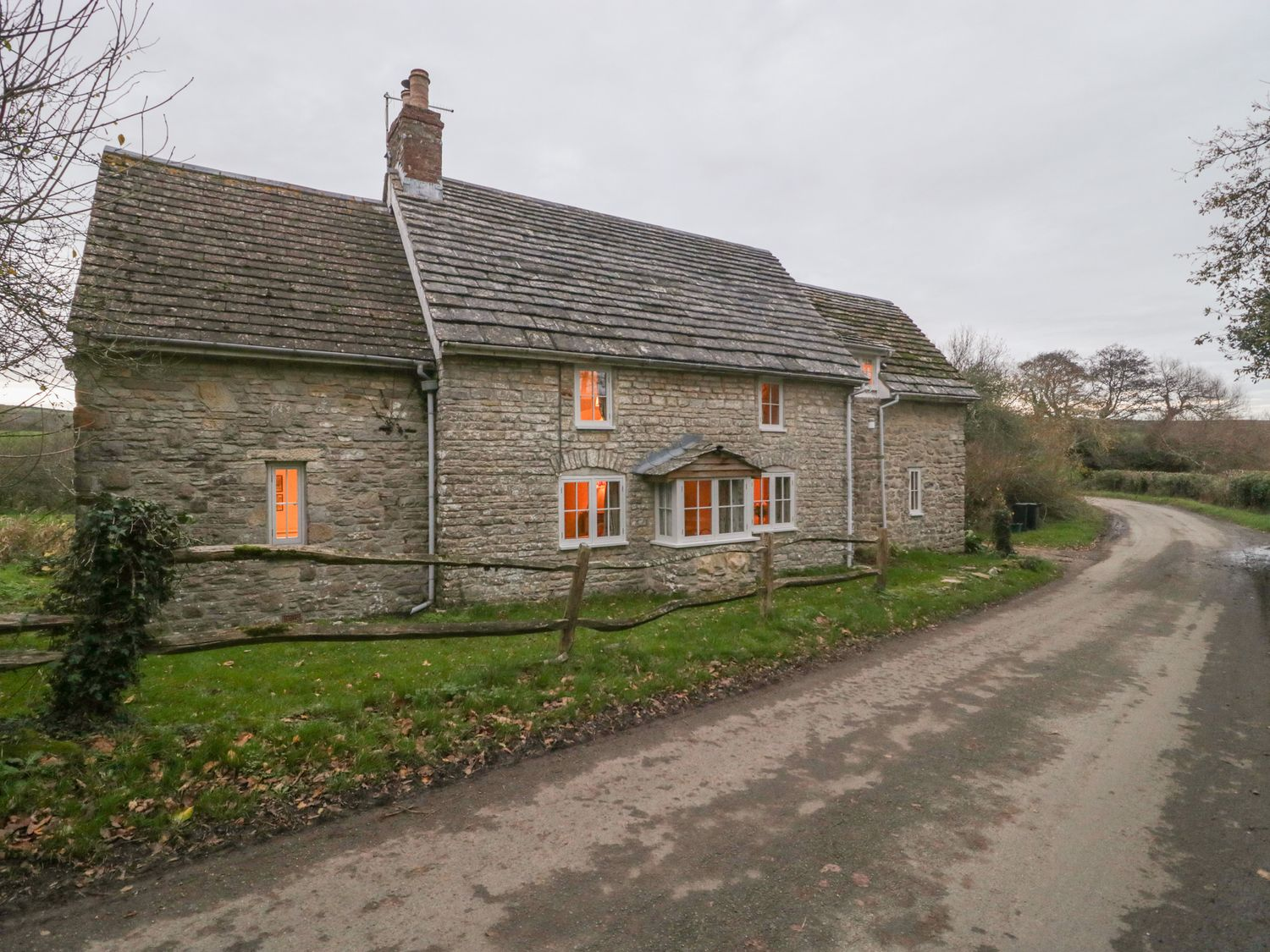 Puddle Mill Cottage - Dorset - 1049778 - photo 1