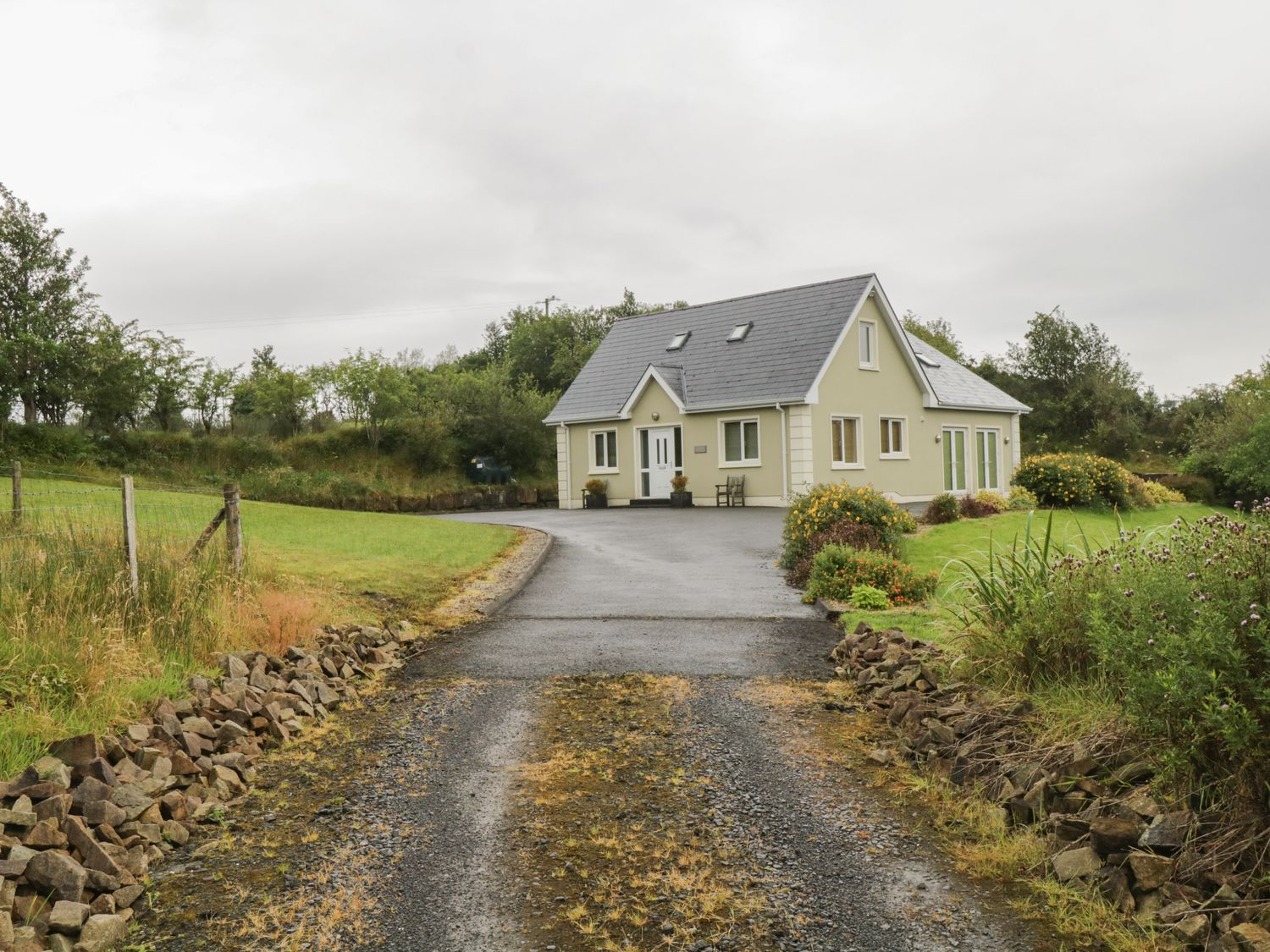 Patrick Joseph House - County Donegal - 1049798 - photo 1