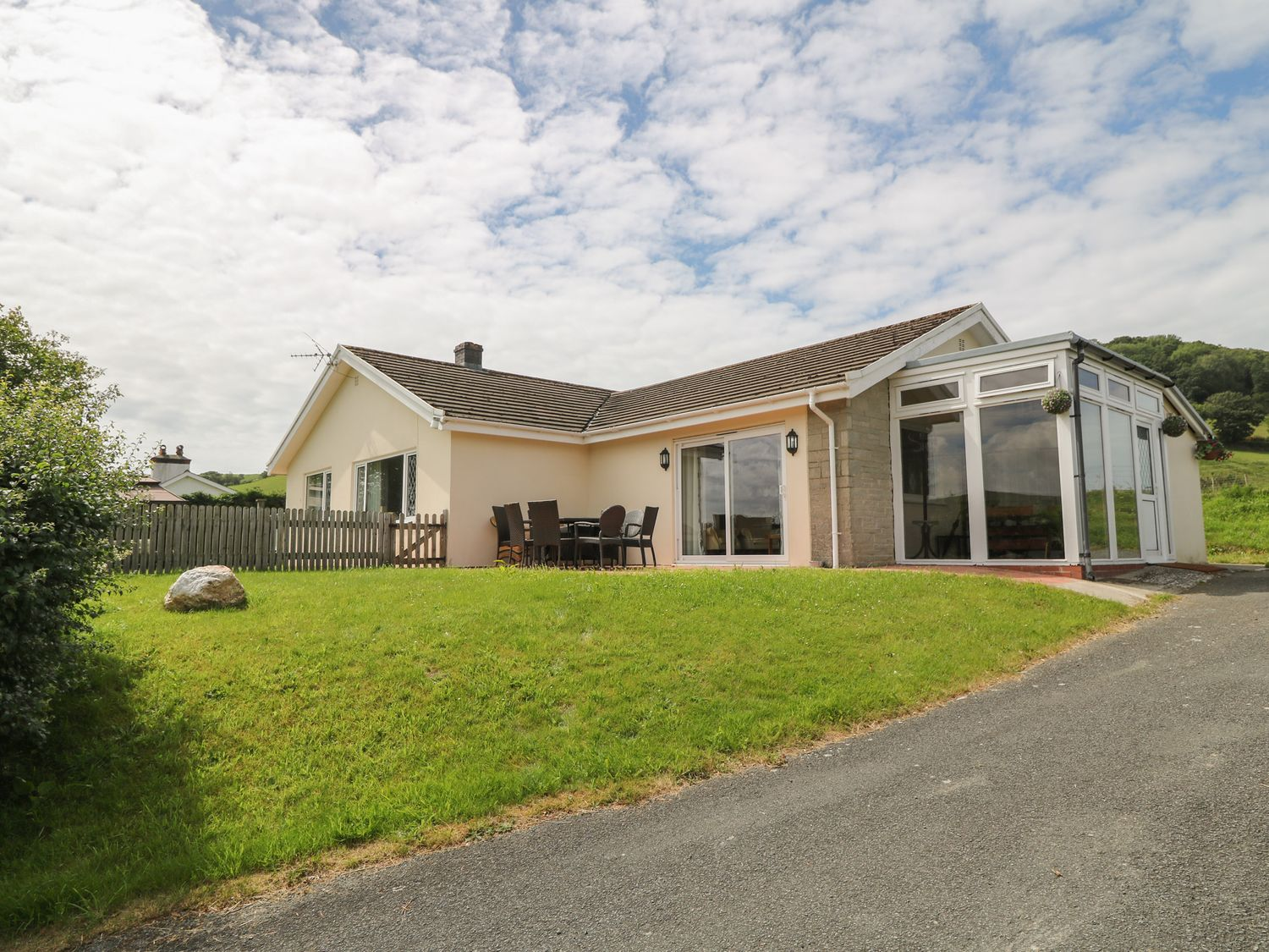 Aberceiro Bungalow - Mid Wales - 1050324 - photo 1