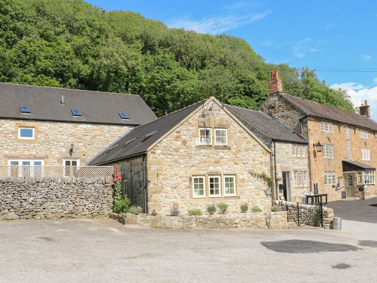 2 Miners Arms Cottages - Peak District - 1050919 - photo 1