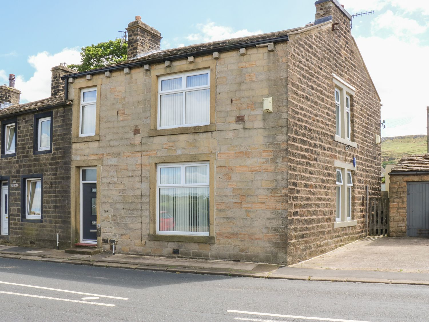 184 Keighley Road - Yorkshire Dales - 1051704 - photo 1