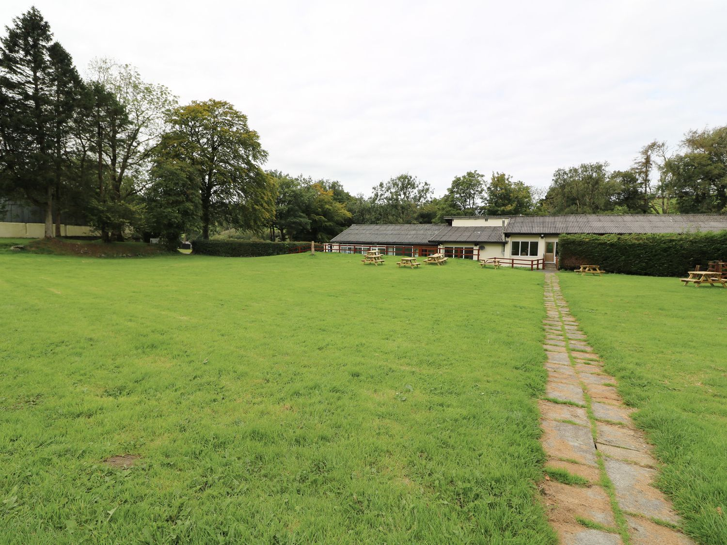 The Byre - South Wales - 1052270 - photo 1