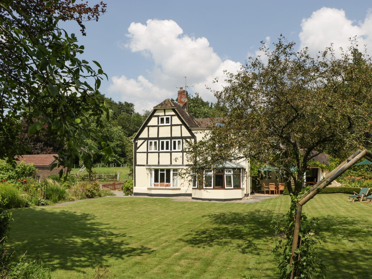 Valley House - Somerset & Wiltshire - 1052930 - photo 1