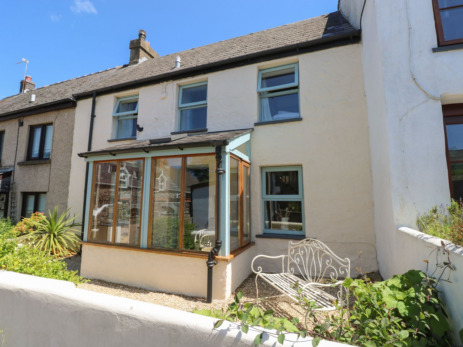 Sea Pickle Cottage - South Wales - 1054710 - photo 1