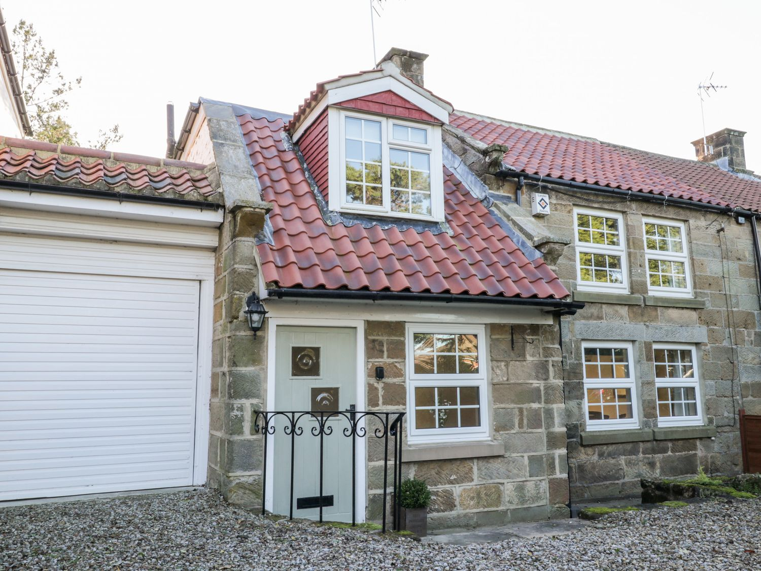 Ailsa Cottage - Whitby & North Yorkshire - 1056331 - photo 1