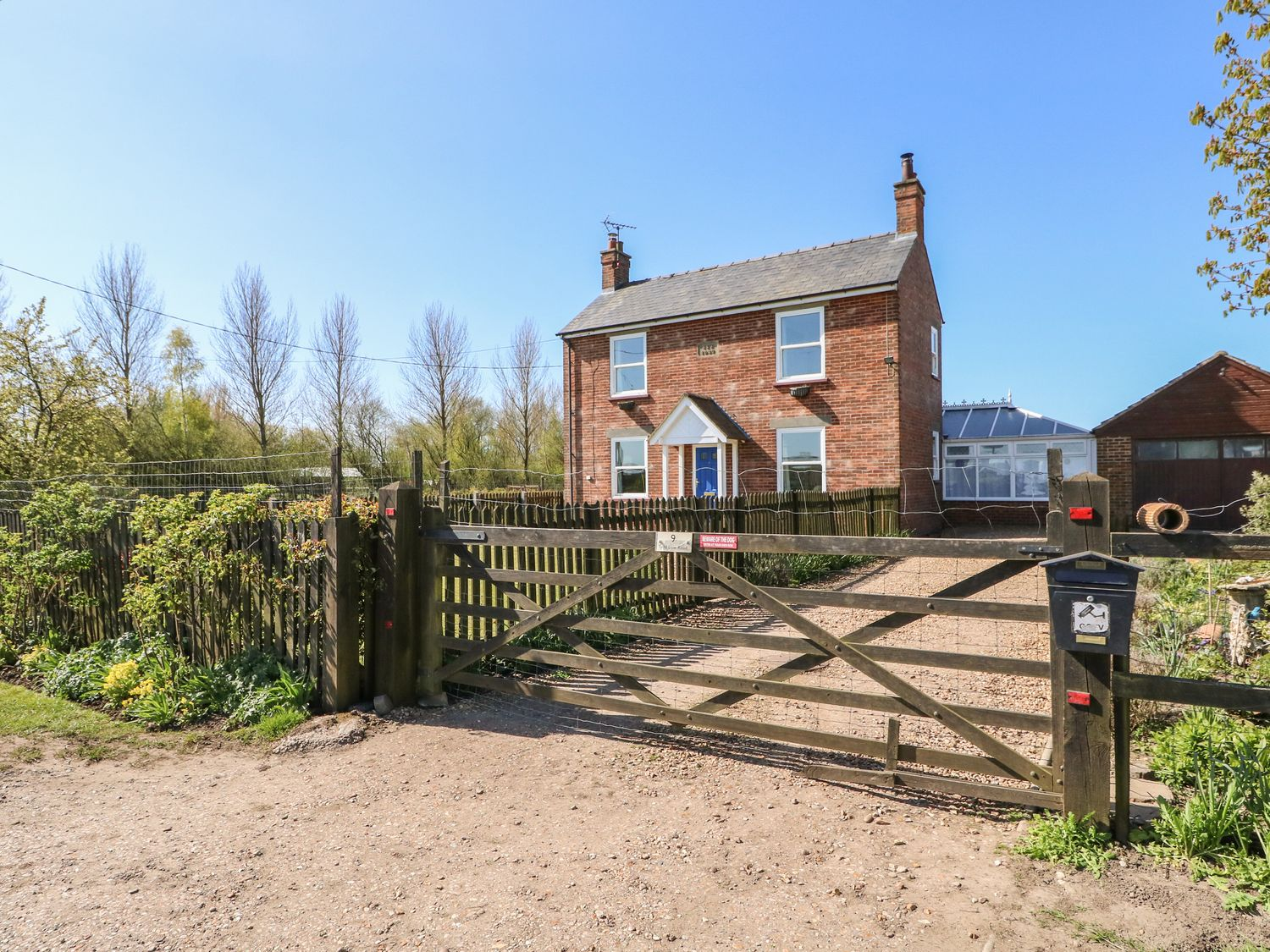 9 Tydd Low Road - Lincolnshire - 1056589 - photo 1