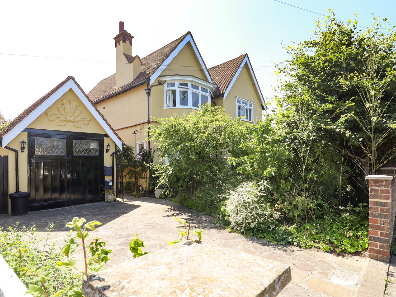Yellow House on the Corner - Suffolk & Essex - 1056959 - photo 1